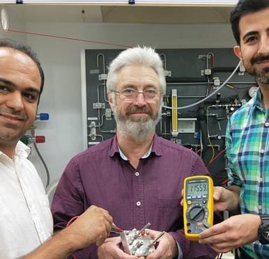 batteria protonica ricaricabile