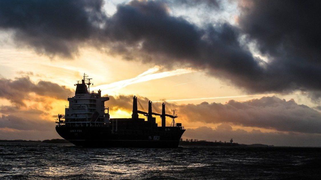 Emissioni navali: i big del trasporto marittimo non vogliono tagli fino al 2030