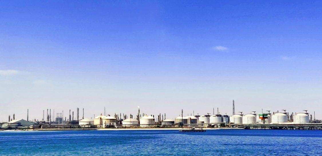 Mercato del petrolio e covid: l'OPEC teme nuovi shock nel 2021