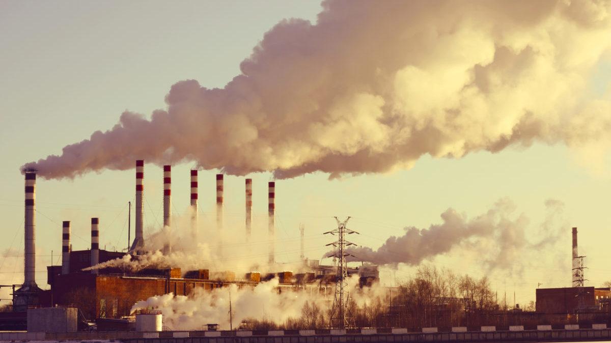 Inquinamento atmosferico: le fossili fanno 9 milioni di morti l'anno