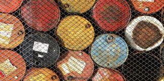 Picco del petrolio: più investimenti in rinnovabili o le fossili risalgono