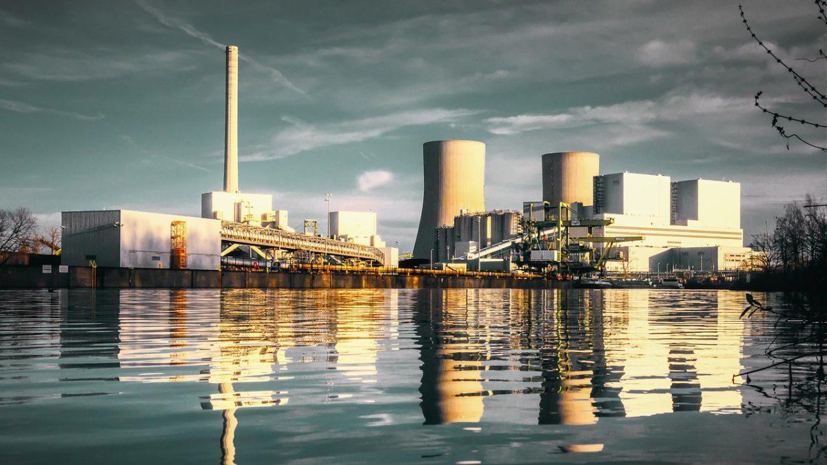 Finanza sostenibile: il carbone è un investimento troppo rischioso