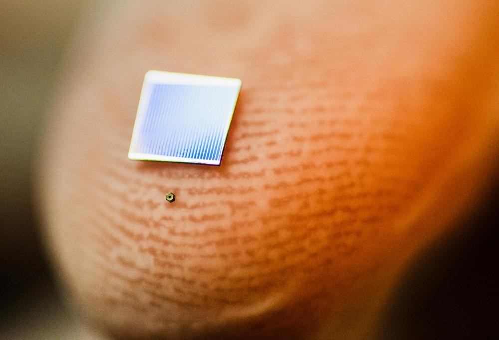 Dal Canada la più piccola cella solare al mondo