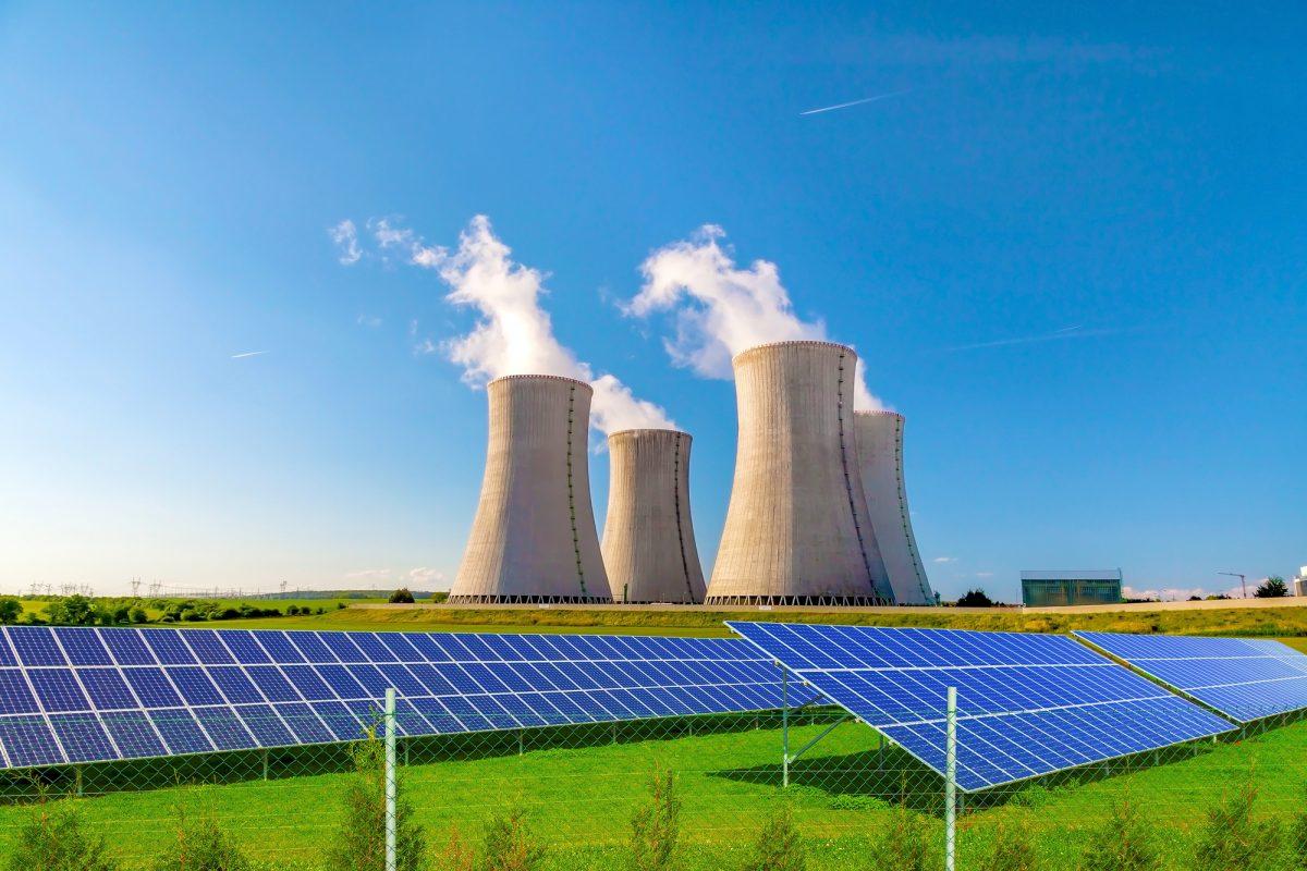 Energie rinnovabili contro nucleare