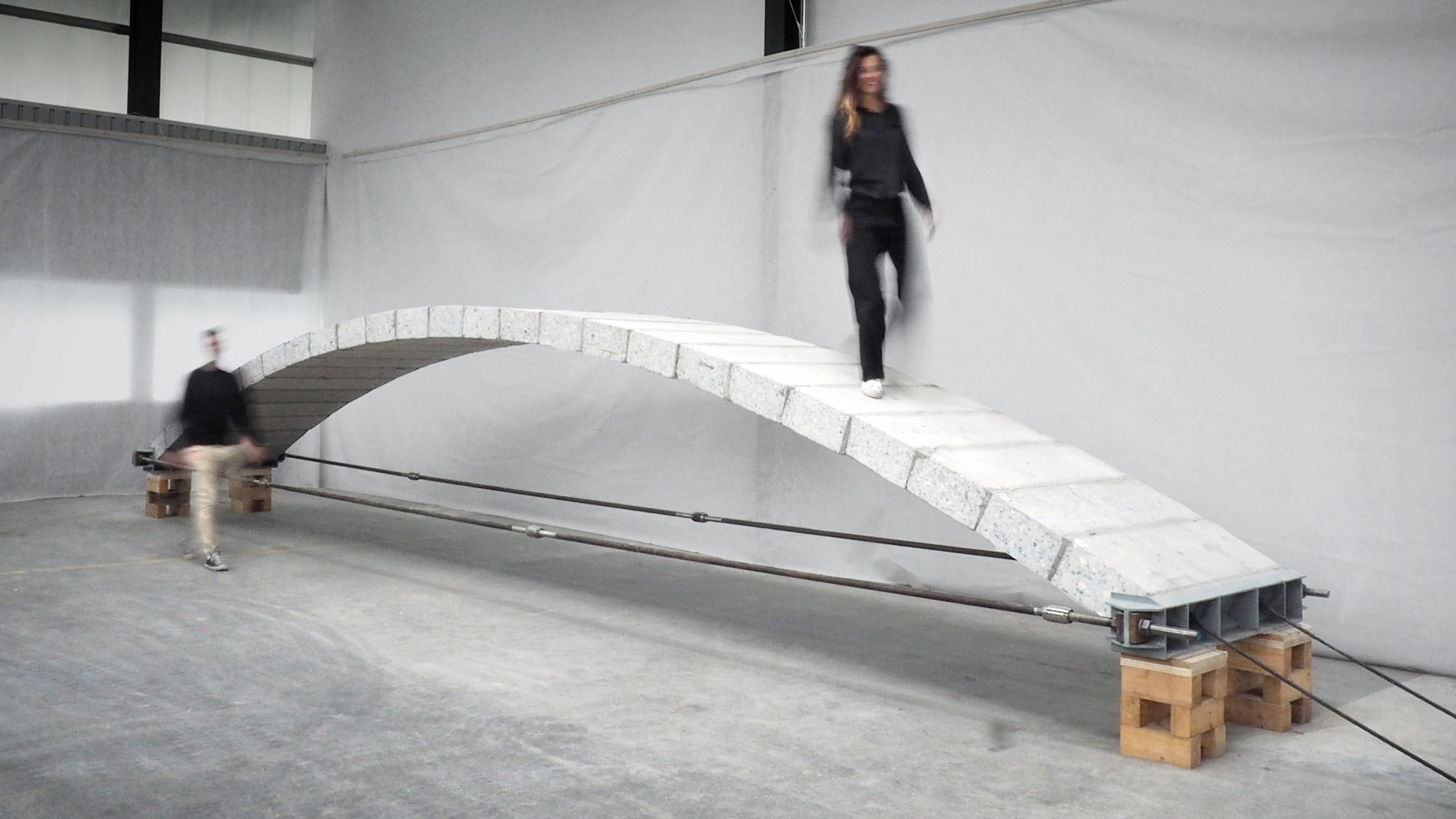 Passerella in calcestruzzo riciclato - credit EPFL
