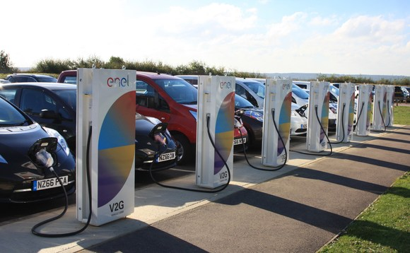 Tecnologia vehicle-to-grid, l'UK è il laboratorio di test della Nissan